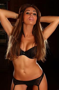 Nicole So Sexy