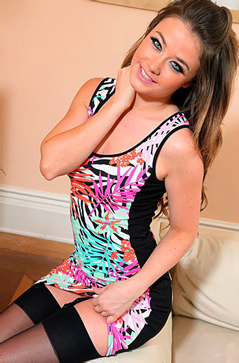Jess Impiazzi Strips Her Leggings And Tight Dress