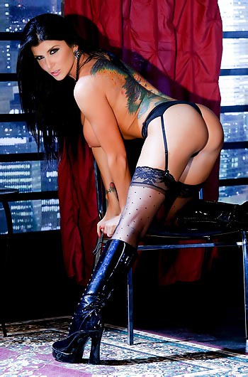 Romi Rain In Sexy Black Latex Boots