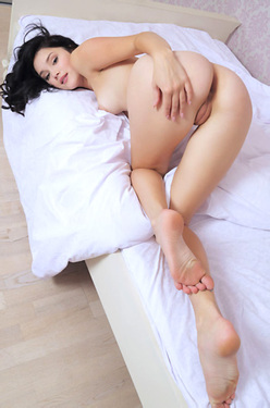 Malena Fendi Nude On A Bed